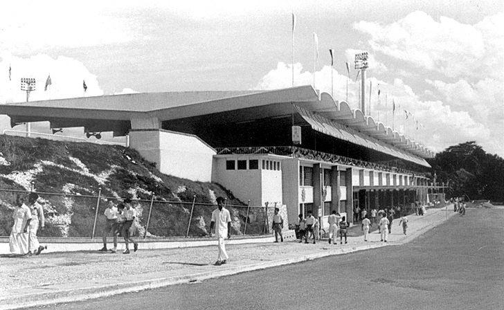MerdekaStadium-1960.jpg